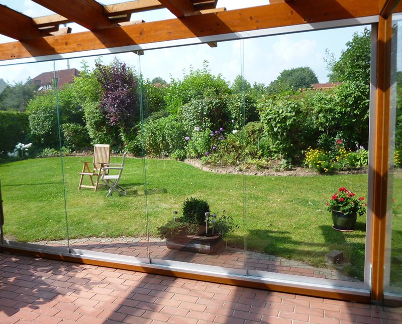 terrassen balkonverglasung. Black Bedroom Furniture Sets. Home Design Ideas